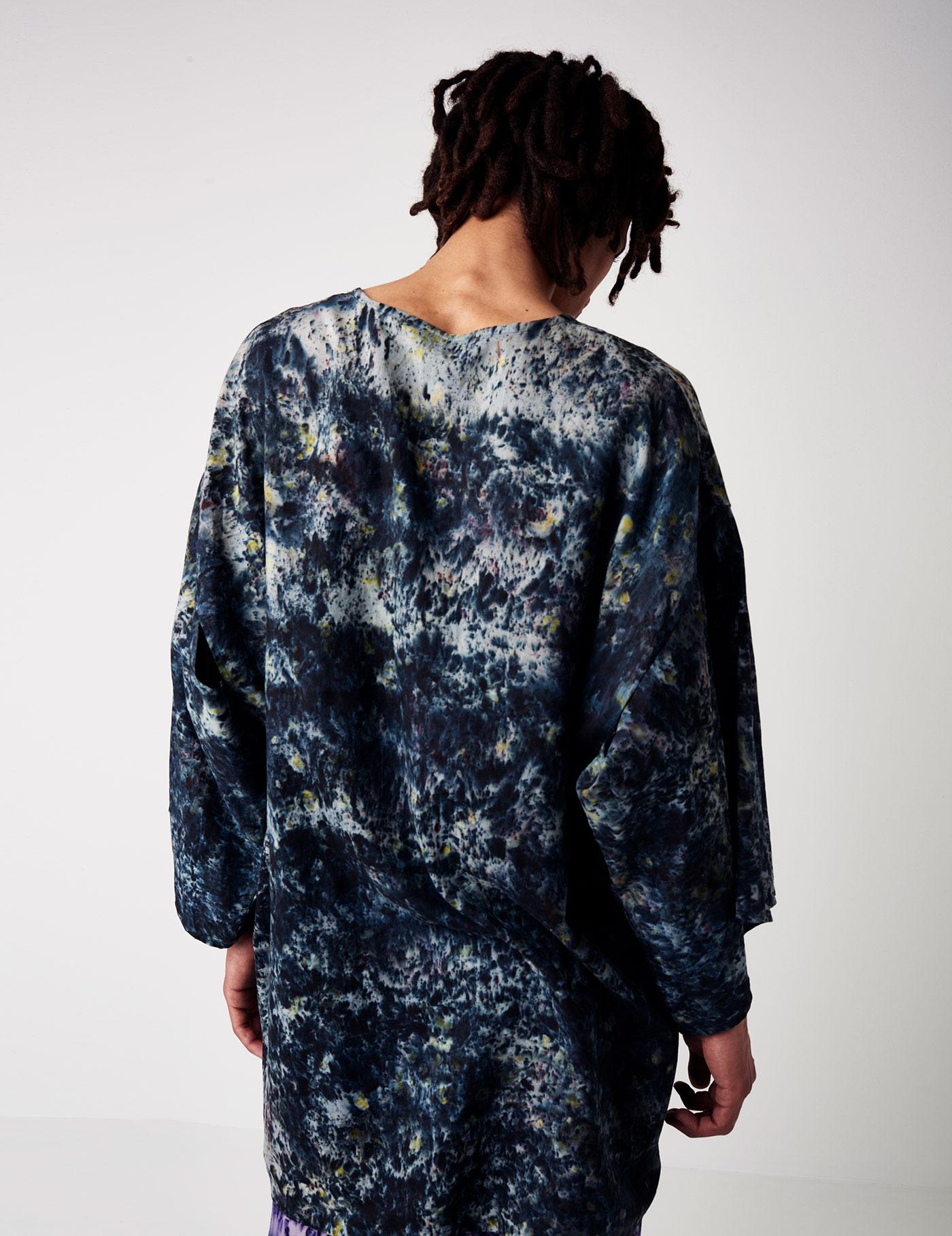 Hemp and organic silk eco printed kimono t shirt silvia for Sustainable t shirt printing